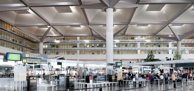 ofertas de empleo en malaga tiendas aeropuerto